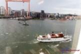 Blick aus dem Kabinenfenster in den Hafen