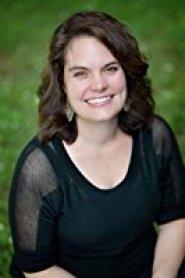 Lindsey Brackett author