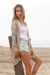 braless Kamisha Kimono