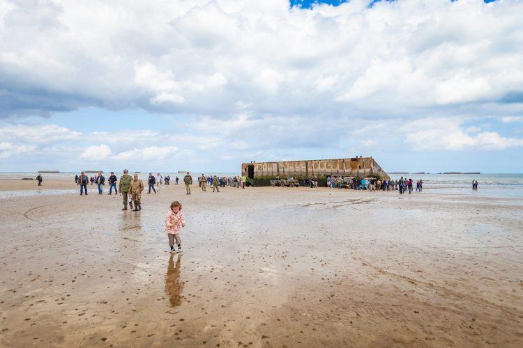Visiter Arromanches - Plages du Débarquement, Port artificiel - Normandie  Tourisme