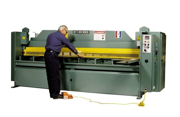 """Betenbender 10' x 1/4"""" Hydraulic Shear"""