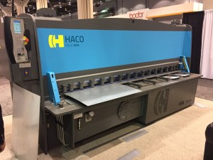 Haco 10′ x 1/4″ CNC Programmable Hydraulic Guillotine Shear with 40″ CNC Backgauge, HSLX-3006