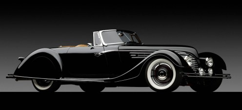 1932 Ford Speedster-front 3q top off on dark