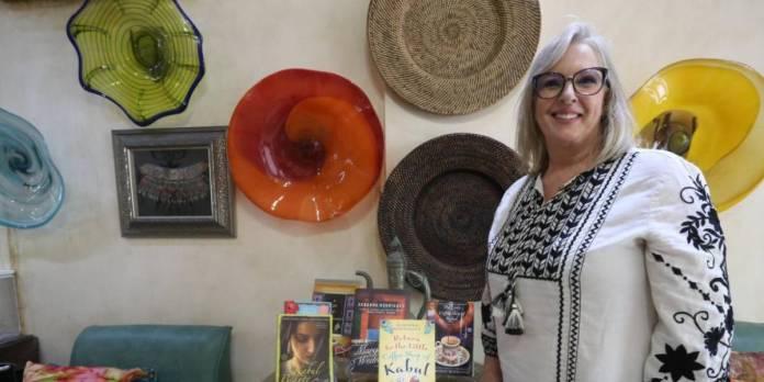 Desde Mazatlán, Debby ayuda a rescatar a afganos que huyen del régimen talibán