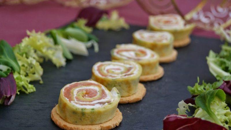 rollitos-crepe-salmón-queso
