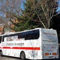 La Comunidad de Madrid instala una unidad móvil de Cruz Roja para donar sangre en Tres Cantos