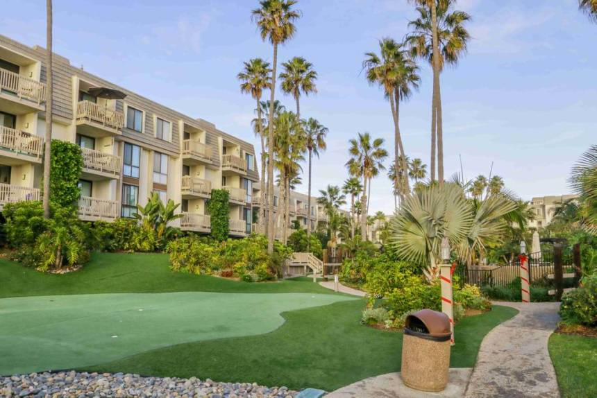 C-103 highlights North Coast Village Putting Green