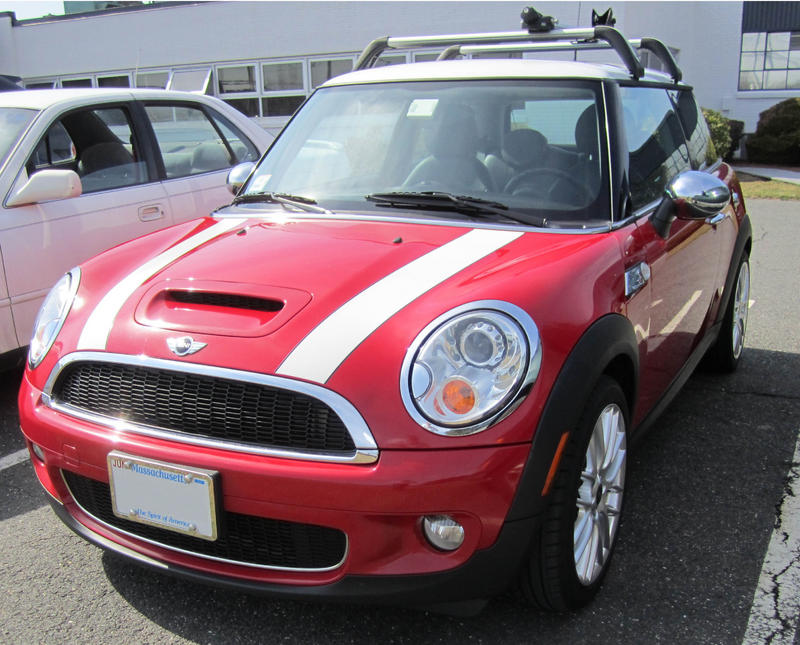 Red And Blue Mini Crown