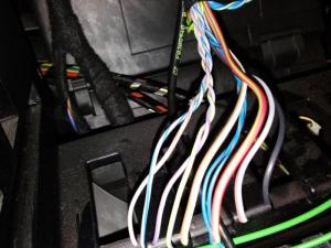 Mini Cooper S 2010 w HK stereo wire codes  North