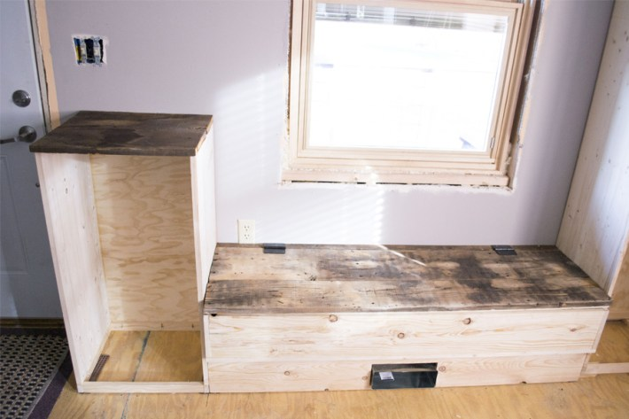 orc-short-shelf-and-bench