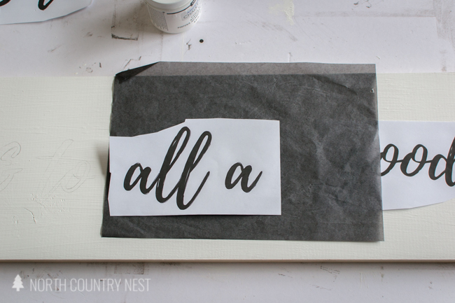 tracing a rustic holiday sign