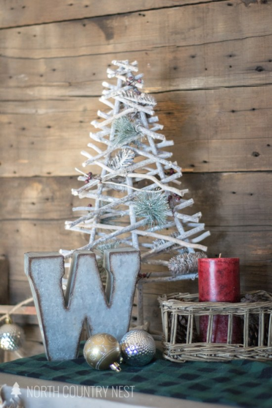 rustic holiday entryway decor