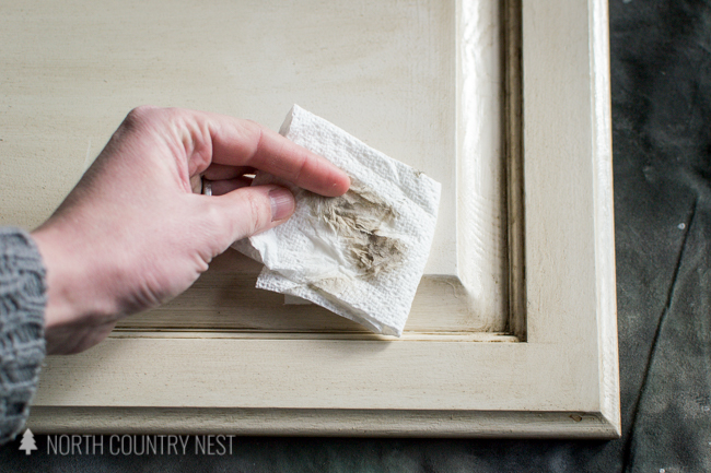 paper towel with deglosser and kitchen cabinet residue