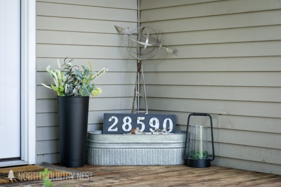 front porch house number vignette