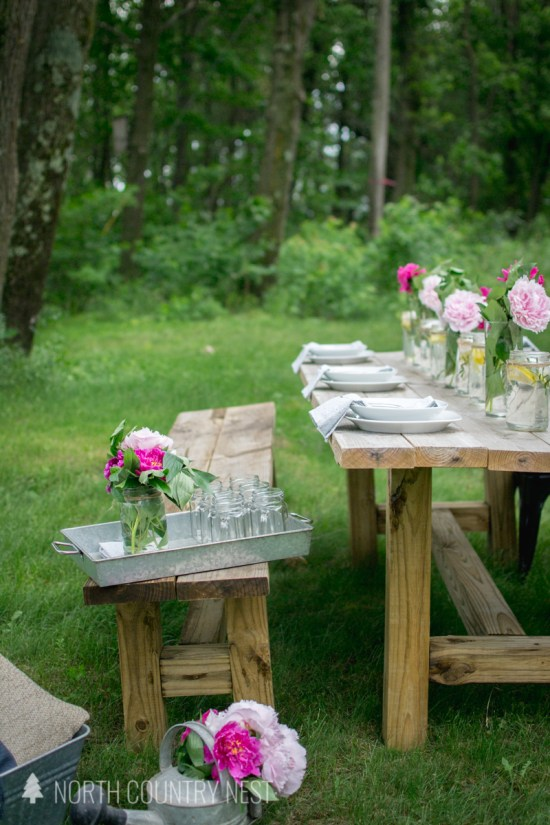 simple summer table decor