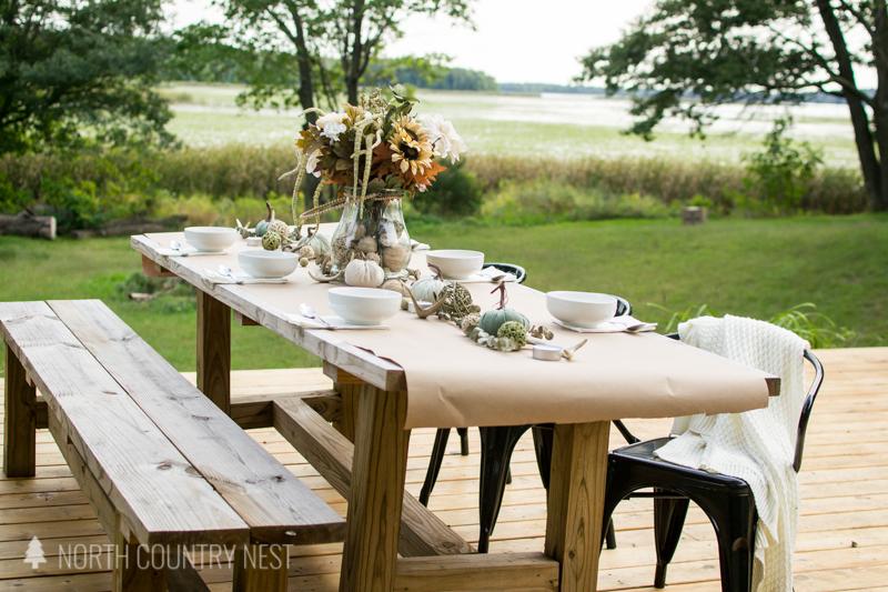 outdoor fall table decor
