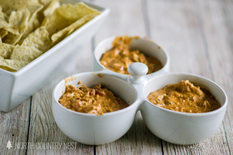 cheesy chicken taco dip with chips