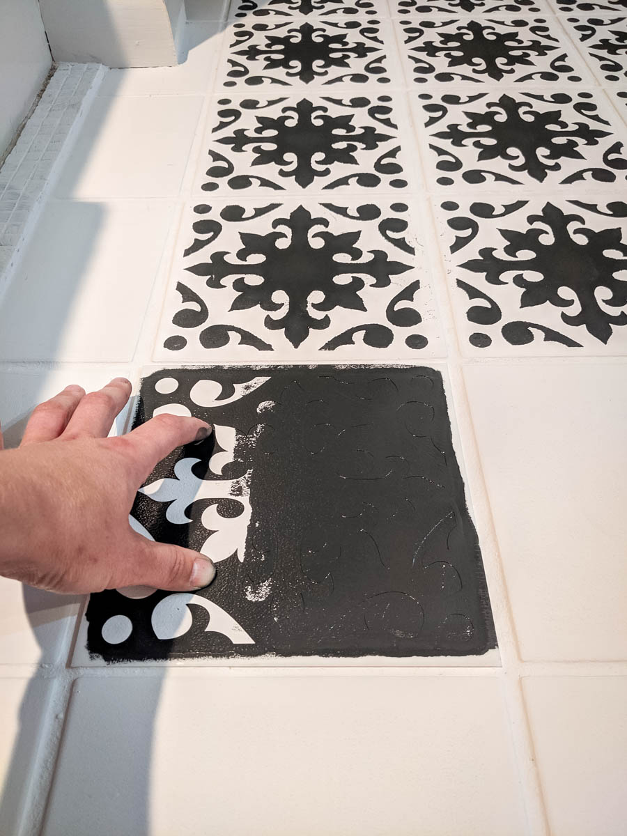 How to paint bathroom floor tile with stencil and chalk paint. North Country Nest