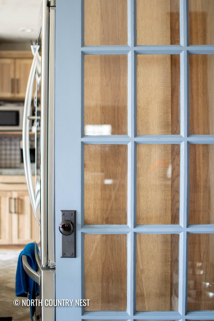 How to repaint a glass pantry door for the kitchen | North Country Nest