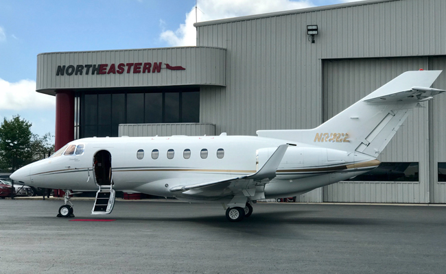 HAWKER 900XP MIDSIZE JET