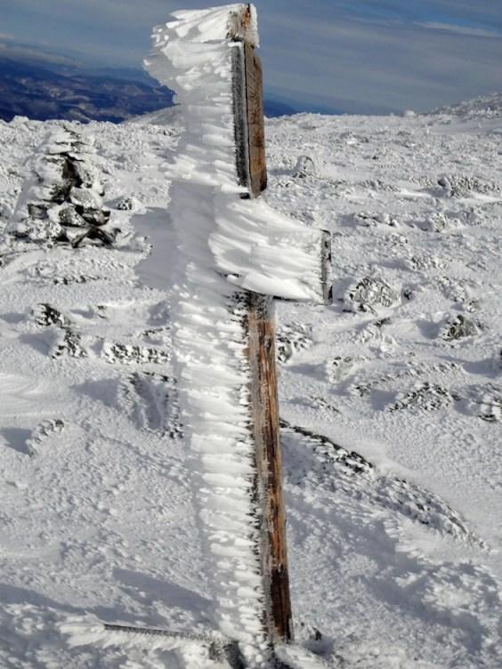 Snow Swept Sign on Mt. Adams Lowe's Path