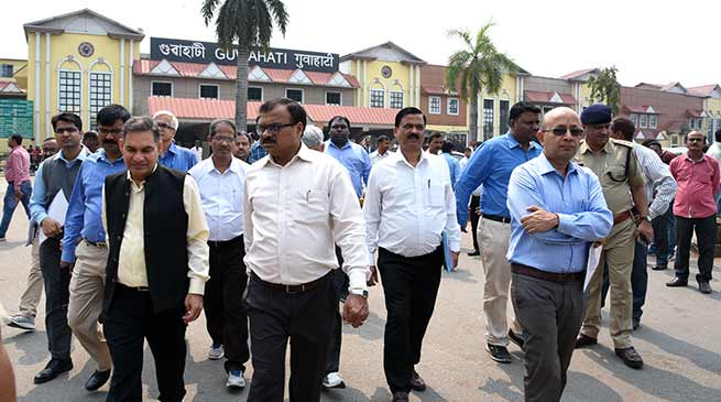 Assam: General Manager, NF Railway inspects Guwahati Station