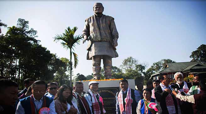 Arunachal: Pema Khandu unveil statue of Late Dr Bhupen Hazarika at Bolung