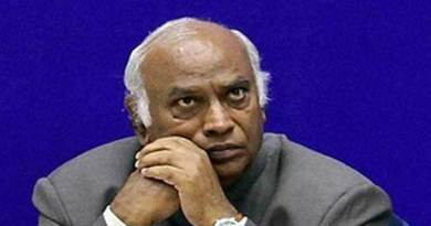 Assam: Congress Leader Mallikarjun Kharge booked for remarks on Bhupen Hazarika