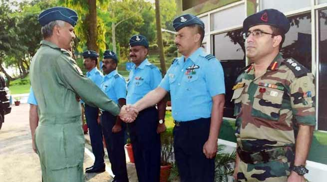 Assam: Air Officer Commanding-in-chief visits air force station digaru