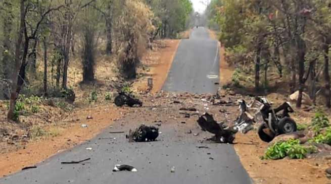 Naxal attacks in Gadchiroli: 15 commandos, driver killed