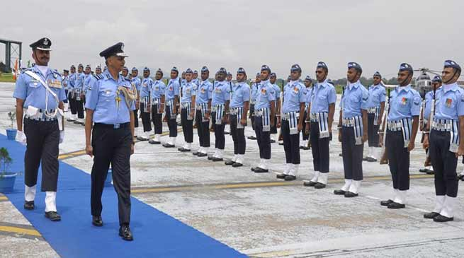 AOC-in- C Eastern Air Command Visits Air Force Station Borjhar