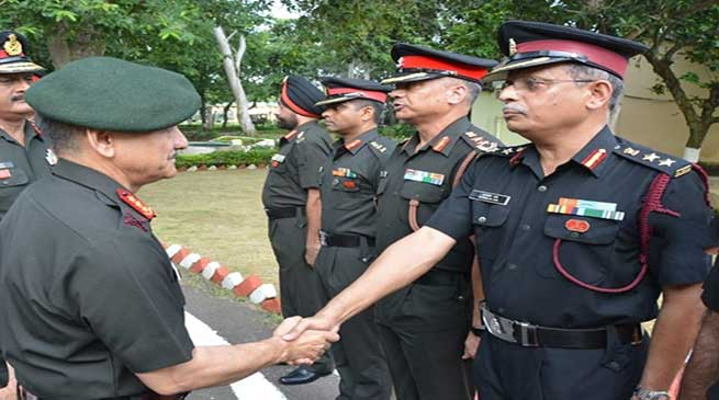 Army's Eastern Command chief visits Panagarh Military Station
