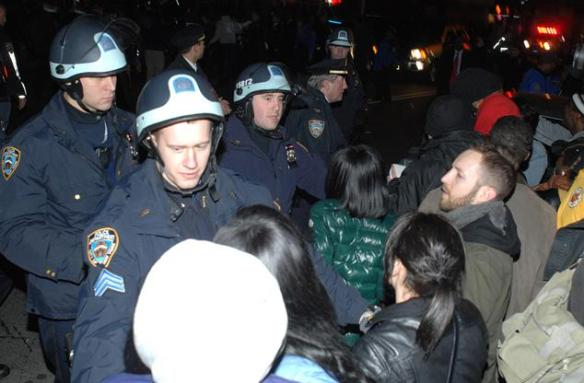 Police push protesters back on Church Ave. in East Flatbush. / Photo New York Daily News