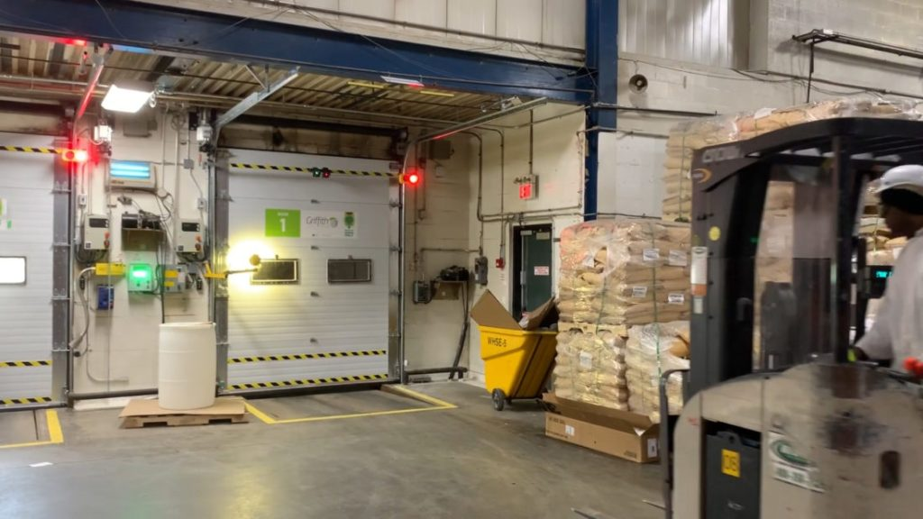 Griffith – Automatic Dock Doors & Safety System