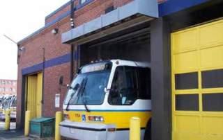 Industrial direct drive air curtain bus depot terminal