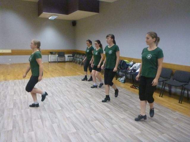 Quirky Encounters: Irish Dancing in Gdańsk, Poland with Animus Saltandi and Dziewczyna w żółtych Spodniach