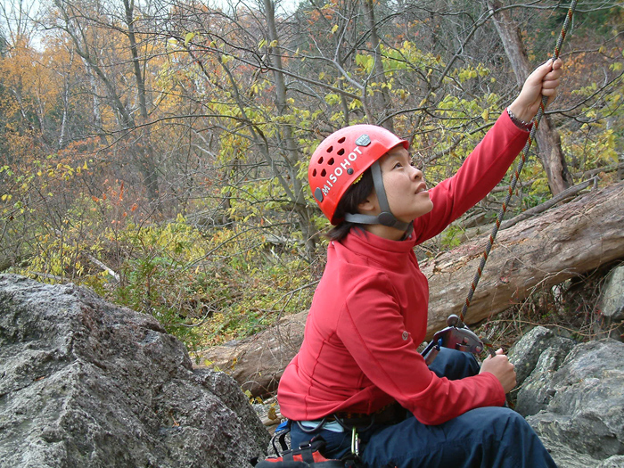 Christa-Niravong-Belaying