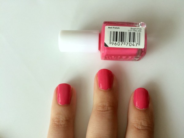 mua_nagellak_swatch_swatches_bright_pink_2_laagjes