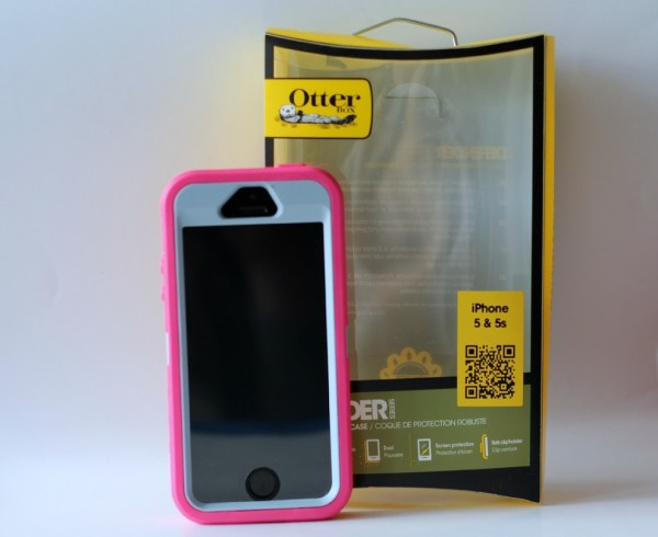 otterbox_defender_roze_review_iphone_5_box