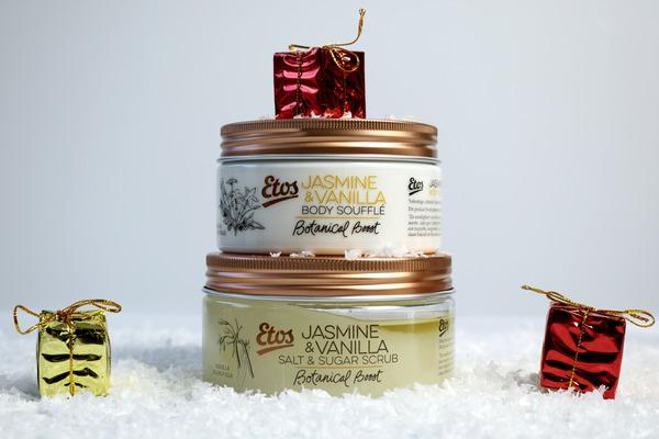 m_review_etos_botanical_boost_jasmine_&_vanilla_salt_&_sugar_scrub_body_soufflé