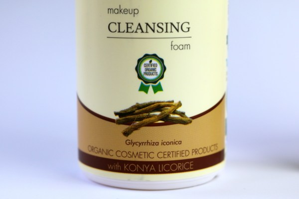 review_iva_natura_makeup_cleansing_foam_konya_licorice_2