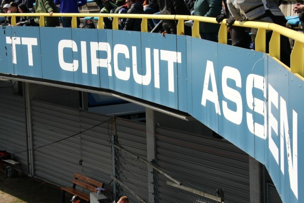 wk_superbike_assen_april_2016_bord_tt
