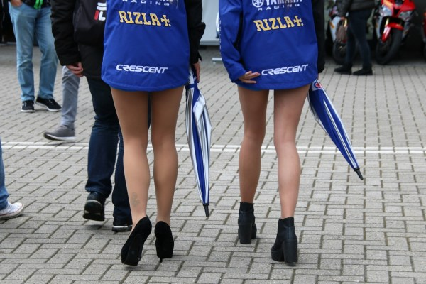 wk_superbike_assen_april_2016_gridgirls