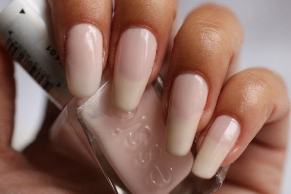 3-essie-fairy-tailor-brilliantnails-review-ervaring-ervaringen-essie-new-collection-gel-look-2016