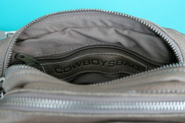 review-ervaring-cowboysbag-folkestone-1416-elephant-grey-8