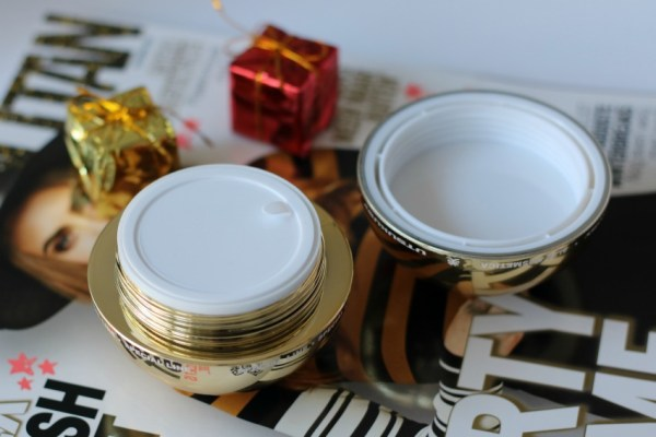 review-ervaring-utsukusyplatinum-cream-pot-deksel