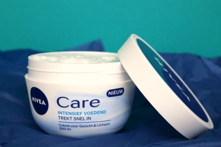 Review – NIVEA Care: Intensief voedende crème voor gezicht & lichaam
