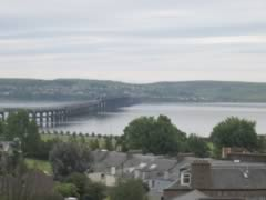 Dundee Rail Bridge - another view