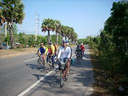 Riding with the Trang Bike Club