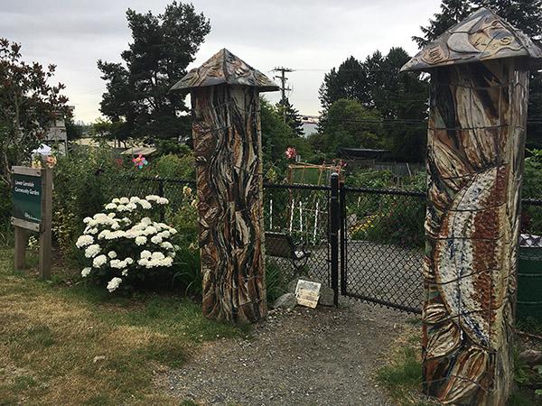 https://i2.wp.com/www.northshoredailypost.com/wp-content/uploads/2019/07/Lower-Lonsdale-Community-Gardens.jpg?fit=600%2C450&ssl=1